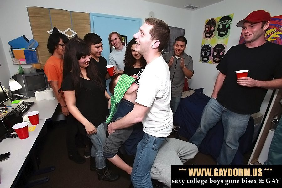 Bisexual college party